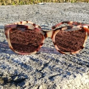 🆕️Coach Square OXBLOOD TORT Sunglasses